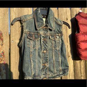 Abercrombie kids vest jean